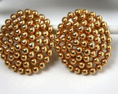 Vintage FO INC Goldtone Clip On Earrings