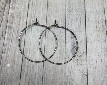 "Dark Gray Hoop Earrings / Gunmetal Hoop Earrings / Simple and Modern Hoops / Minimalist Jewelry / 1""  Earrings"
