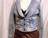 sz Small  Vintage Retro GUESS Jeans Classic Cropped Denim Jacket  Blue Distressed Boho Hippie Denim