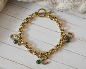 Women's Preppy Gold Chain Link Bracelet - Forest Green Horseshoe