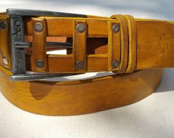 Yellow Belt, Men's Fashion, Buckle Belt, Men's Style, Men's Belts, Leather Belt, Genuine Leather, Leather Design Accessories, Art Leather