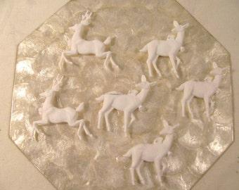6 White Plastic Reindeer 3D Ornaments In 2 Styles - Vintage - Made in Hong Kong