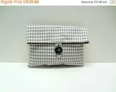 ON SALE READY To Ship Houndstooth Clutch in Gray Makeup Bag White and Gray Clutch