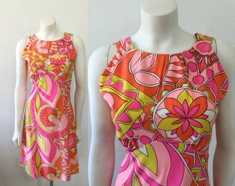 Vintage 1960s Psychedelic Print Dress