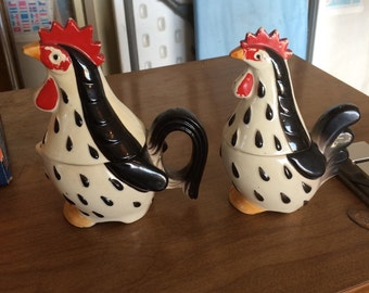 Unique salt pepper creamer sugar rooster and hen cold painted. Vintage