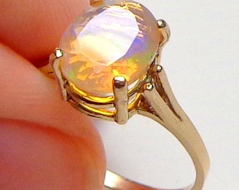 SZ 8.5, Solid 10k Yellow Gold Ring, Ethiopian Welo Opal Ring, Semi-Transparent Color Play Stone, Yellow, Lavender, Blue, Green, Peach Fire