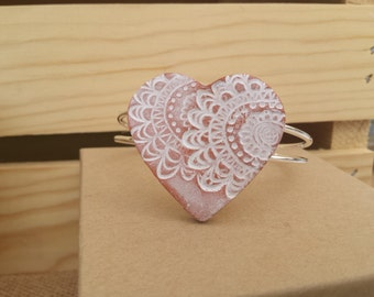 Lacey Heart Bracelet