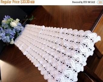 Vintage Table Runner - Crochet Table Scarf, White Table Linens 13569