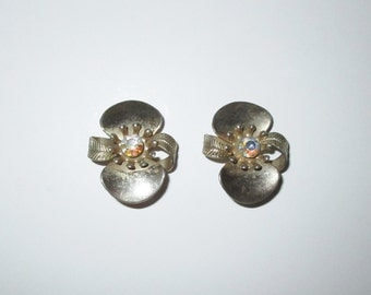 Vintage 1950s Gold-Tone Floral Rhinestone Earrings