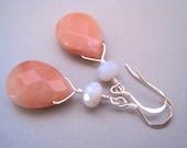 Peach aventurine earrings, Sterling Silver, Chalcendony Earrings, Modern Stone Earrings, Teardrop Earrings