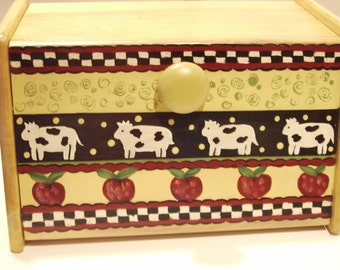 Breadbox with Cows/Apples/Maple Wood