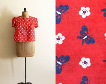 vintage blouse 70s butterfly print red white blue 1970s summer novelty crop top womens clothing size medium m