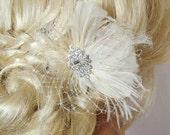 Ivory Bridal Fascinator, Wedding Hair Clip, Ivory Feather Hair Clip, Bridal Hair Clip, Wedding Fascinator, Ivory Feather Fascinator