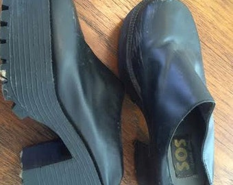 amazing black platform clogs