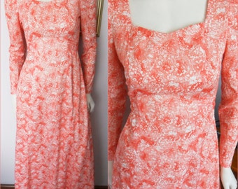 Vtg.70s Coral and White Floral Print Maxi Dress.Small.Bust 36.Waist 30.