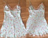 ON SALE Vintage 90s / Floral / Mint Green / Taupe Lace / Baby Doll / Small