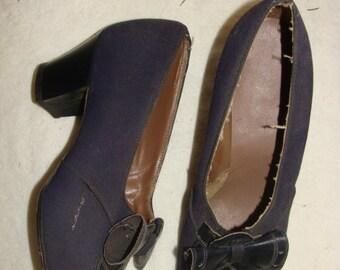 Lady Gager Vintage Mid Century Bow Navy Blue Plaid Gabardine Ladies Heels 4.5-5