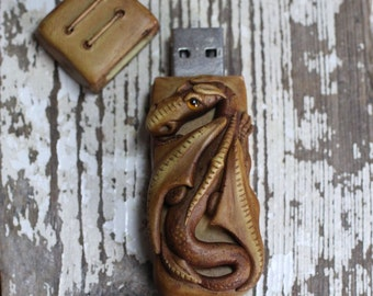 Dragon USB Flash drive 8GB