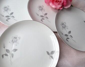Vintage Queens Royal Platinum Rose Salad Plates Set of Four
