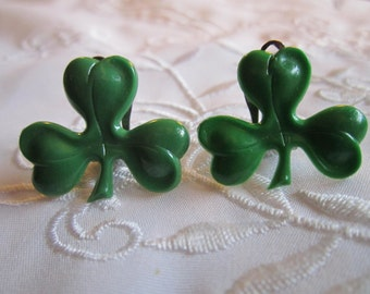 Vintage Gold Tone Shamrock Green Clip On Earrings