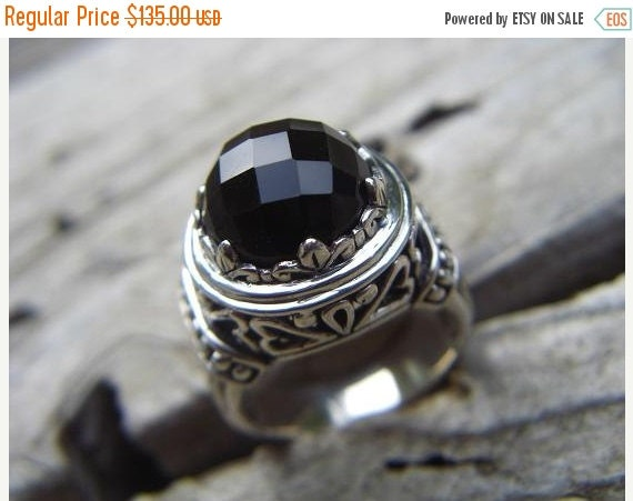 ON SALE Beautiful onyx ring in sterling silver