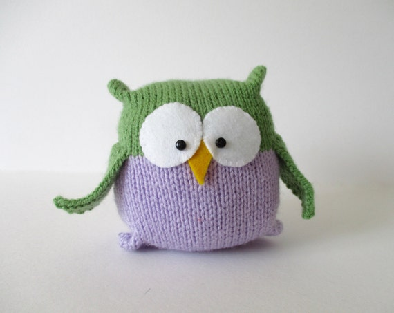Tooley Owl toy knitting pattern