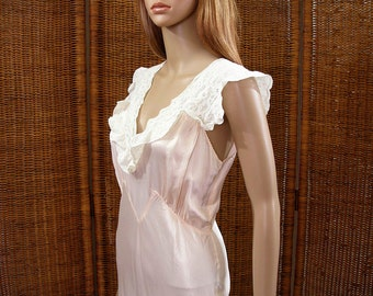 Vintage 1940s Nightgown Blush Pink Cream White Lace Full Length Bias Cut Lingerie / Extra Small