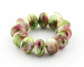Sheribeads Glass Beads 12 Watercolor Sweet Pea Spacers Lampwork Cherry Pink Green