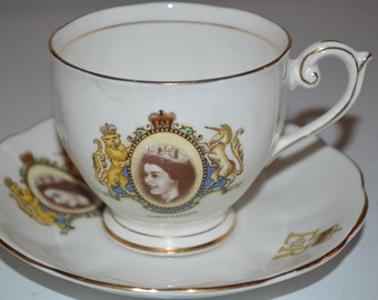 Queen Elizabeth 1953 coronation cup and saucer - beautiful nice condition - royalty souvenir