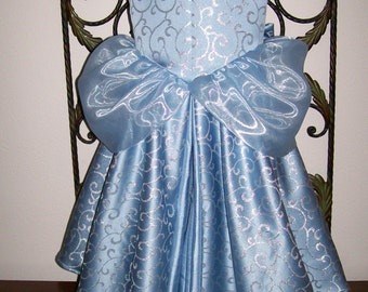 Ready to Ship Little Girls Cinderella dress gown 5 pc set   size 4 5