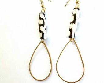 Geometric brass earrings| Tear drop earrings| handmade in the US