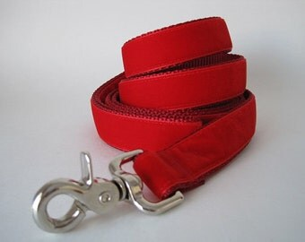 Red Velvet Dog Leash, Christmas Dog Leash Lead, 5 Foot Leash, 6 foot Leash, Dog Lead, Red Velvet Lead, Christmas