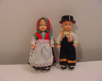 Vintage Norwegian Dolls In Acrylic Showcase   15 - 96