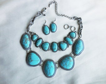 Signed PREMIER DESIGNS TURQUOISE Necklace Bracelet and Earring Set