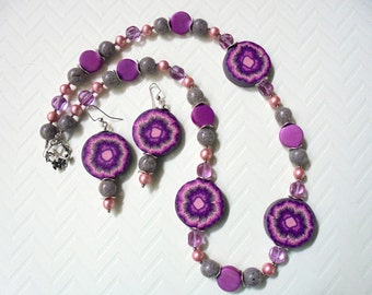 Purple, Lavender, Violet and Pink Flower Necklace and Earrings (2289)