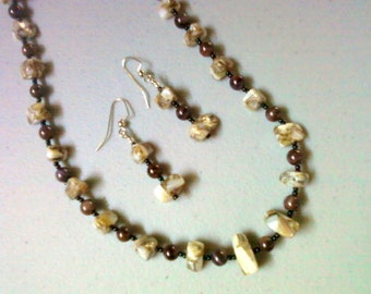 Brown, White and Black Shell Necklace and Earrings (0405)