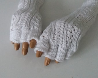 White Fingerless Gloves-White Half Finger-Knitting Arm warmers, fingerless gloves, arm cuffs