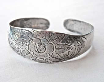 Silver Cuff Bracelet, Floral Silver Bracelet, 800 Silver, Vintage Jewelry, Flower Jewelry, Floral Embossed, Adjustable Size