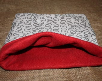 LARGE Swirl Pouch for small pocket pets.