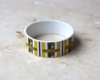 StayGoldMaryRose - Vintage 70's mustard and black abstract pattern tea cup bracelet.