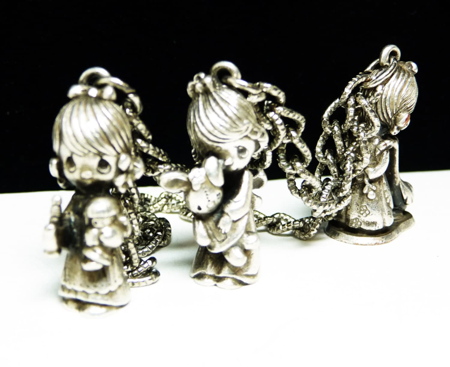 vintage precious moments charm bracelet three charms goose
