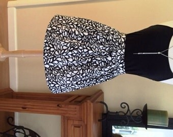 Short Skirt for Women, Short Black and White Flared Skirt, Misses Cotton Skirt, Size Medium