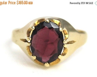 SUMMER SALE Vintage Unisex Garnet Solitaire Ring Engagement 9ct 9k 375 Yellow Gold | FREE Shipping | Size Q / 8.25