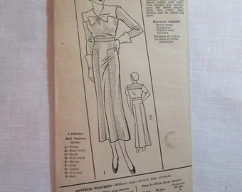 "Antique 1930's Excella Pattern #E4177 - size 38"" Bust"