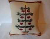 Christmas tree, Christmas pillow, Christmas decor, holiday decor, decorative pillow tuck, folk style pillow, Primitive Christmas tree