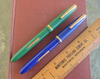 2 Vintage Fountain Pens - Blue  & Green - Supreme