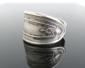 Vintage Spoon Ring - Size 8, Silver Tone