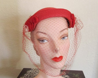 VINTAGE 1950's Era Rouge Red Day Church Close Skull Hat with Curly-Q's