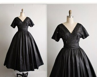 STOREWIDE SALE 50's Cocktail Dress //  Vintage 1950's Embroidered Black Taffeta Illusion Full Cocktail Party Dress S