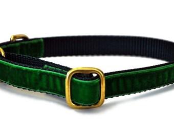 """3/4"""" Green Velvet Tag Collar"""